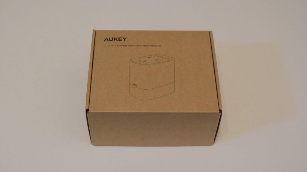 AUKEY BR-O8の外箱